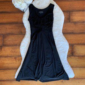 Scarlet Nite Black Dress Sz 6 With Tie Back